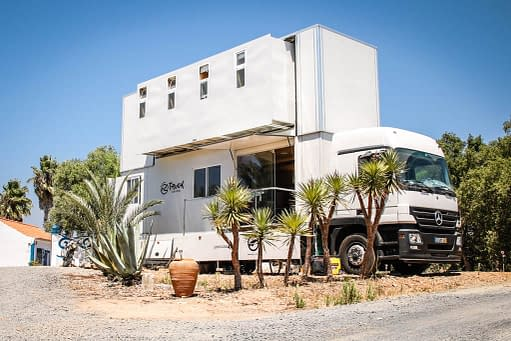 "Featured image for ""Truck surf hotel"""